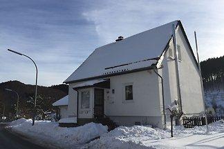 Modernes Ferienhaus in Deifeld mit privatem...