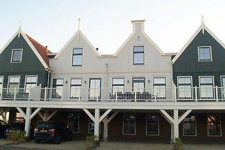 Geräumiges Ferienhaus am Markermeer, nahe...