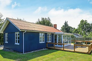 Sunlit Holiday Home in Funen near Sea