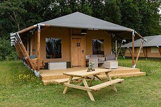 Reizvolle Zelt-Lodge in Alphen mit Hot Tub un...