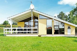 Quaint Holiday Home in Juelsminde with...