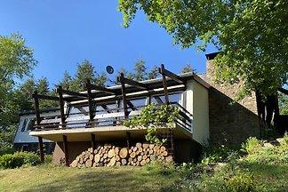 Modernes Ferienhaus am Waldrand in Kleinich