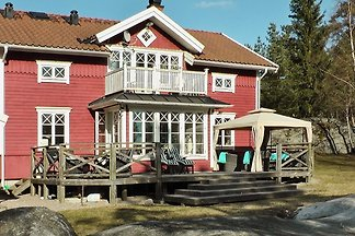 5 Sterne Ferienhaus in VAXHOLM