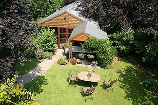 Gemütliches Ferienhaus in Waimes mit Terrasse