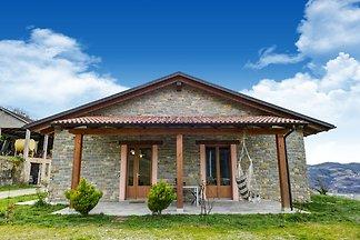 Abgelegenes Ferienhaus in Vesime mit Garten