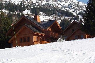 Ruhiges Chalet in L'Alpe-d'Hue mit Terrasse