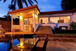 Luxuriöse Villa mit Swimmingpool in Ingenio