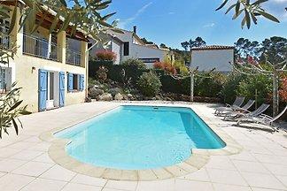 Gemütliche Villa mit privatem Pool in...