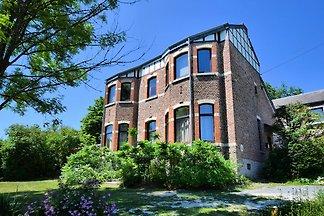 Ferienhaus in Durbuy, mit Garten nur wenige G...