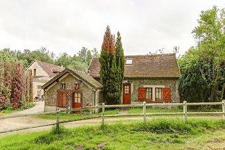 Traumferienhaus in Raizeux mit Terrasse