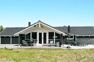 Ruhiges Ferienhaus in Løkken mit Whirlpool