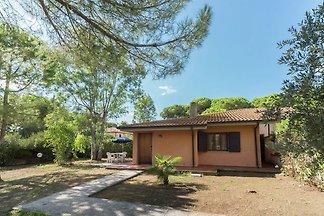 Wunderschönes Ferienhaus in Giannella in...