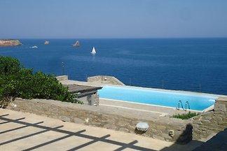Sonnendurchflutete Villa in Paros mit...