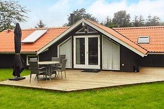 Ruhiges Ferienhaus mit Whirlpool in Jütland