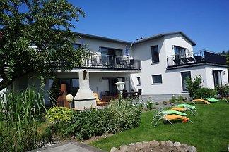 Moderne Villa in Malchow mit Garten
