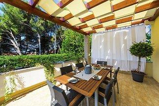 Eine charmante Villa mit privatem Pool in...