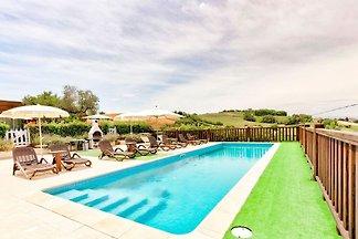 Gemütliches Ferienhaus in Montegranaro mit...