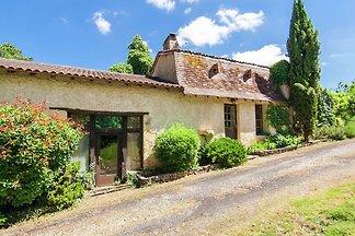 Gemütliches Ferienhaus in Bourgnac mit privat...