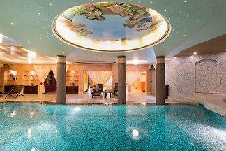 Luksusowa willa z basenem i SPA w Donnalucata...