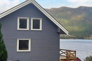 8 Personen Ferienhaus in Svelgen