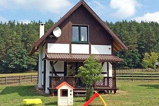 Dom wakacyjny położony pod lasem,  300 m od j...