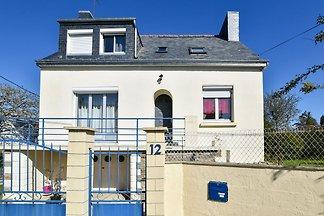 Modernes Ferienhaus in Clohars-Carnoët in...