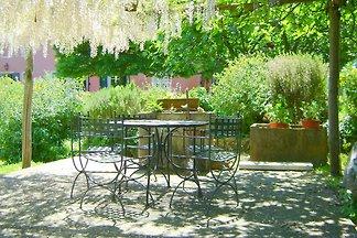 Charmante en comfortabele villa vlakbij Lucca...