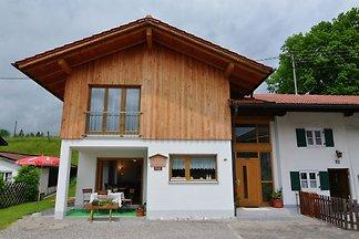 Luxuriöses Ferienhaus in Lechbruck Bayern pri...