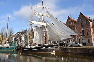 Authentisches ehemaliges Fischerboot aus dem ...