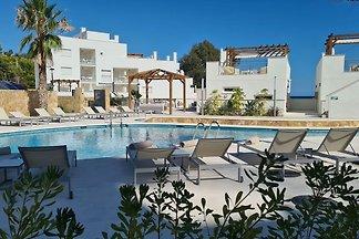 Luxus-Penthouse mit Whirlpool und Meerblick