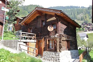 Very open chalet with comfortable and rustic...