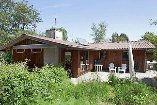 Vintage Ferienhaus in Gørlev mit einem Kamin
