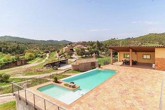 Pretty Mansion in Castellnou de Bages near...
