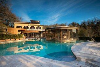 Schönes Ferienhaus in Sorano mit Pool