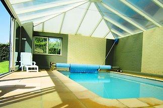 Schönes Ferienhaus mit privatem Swimmingpool ...