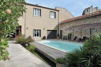 Wunderschöne Villa mit Swimmingpool in...