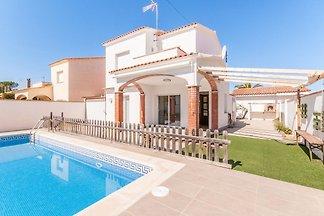 Holiday Home in L'Escala with Private Swimmin...