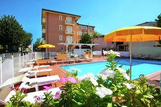 Residenz mit Schwimmbad in die nahe von...