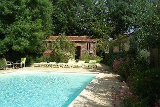 Charmantes Ferienhaus in Les Brouzils mit...