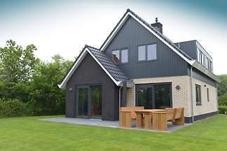 Luxuriöse Villa in Texel mit eigenem Garten