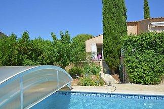Schönes Ferienhaus mit Klimaanlage und privat...