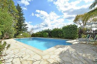 Idyllische Villa in Fayence mit privatem Pool