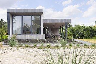 Modernes Haus mit schöner Terrasse, gelegen i...