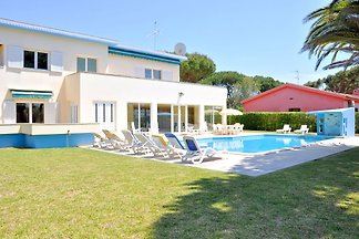 Geräumige Villa in Vilamoura mit...