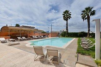 Komfortable Ferienwohnung mit Pool in Gaglian...