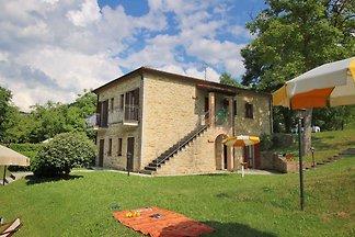 Idyllisches Landhaus mit Pool in Apecchio