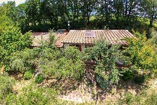 Schönes Ferienhaus in Assisi mit Swimmingpool