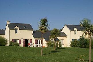 Nettes bretonisches Ferienhaus nahe der Bucht...