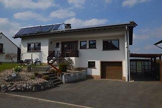 Gemütliches Apartment in Leudersdorf, Eifel m...
