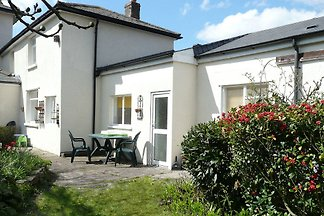 Ideally located holiday home near Cardiff